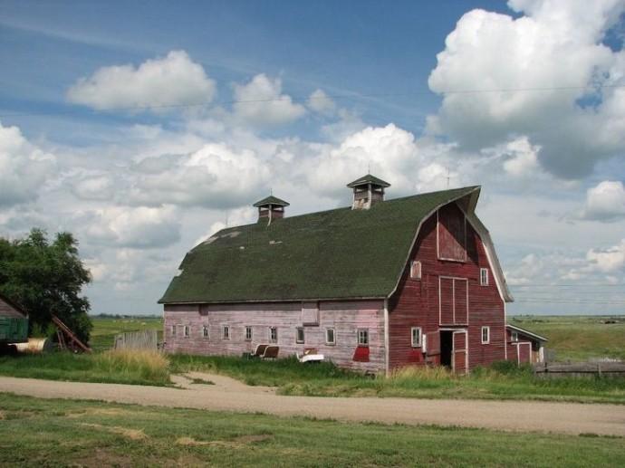 ... Grampa's barn ...