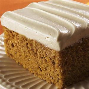 """""""Magic"""" Pumpkin Spice Cake"""