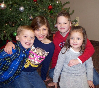 Cousins Sam, Olivia, Ayden and Mylee; an emjayandthem(C) photo